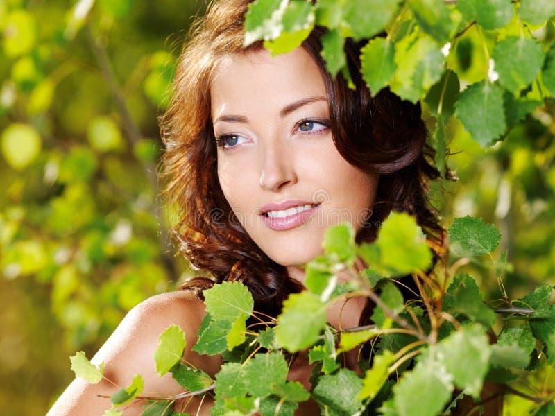 美好的表面本质性感的妇女 免版税库存照片