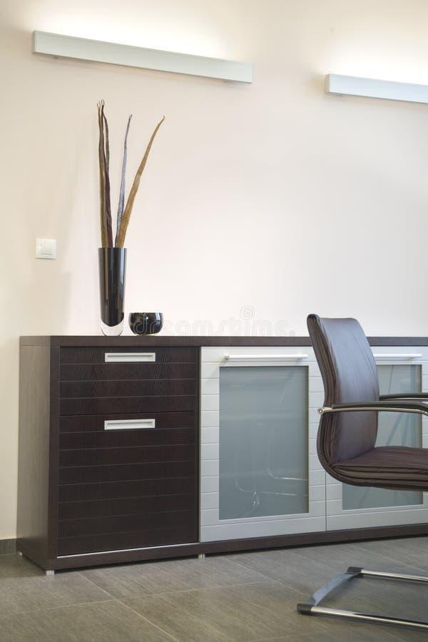 美好的设计内部现代办公室 库存图片