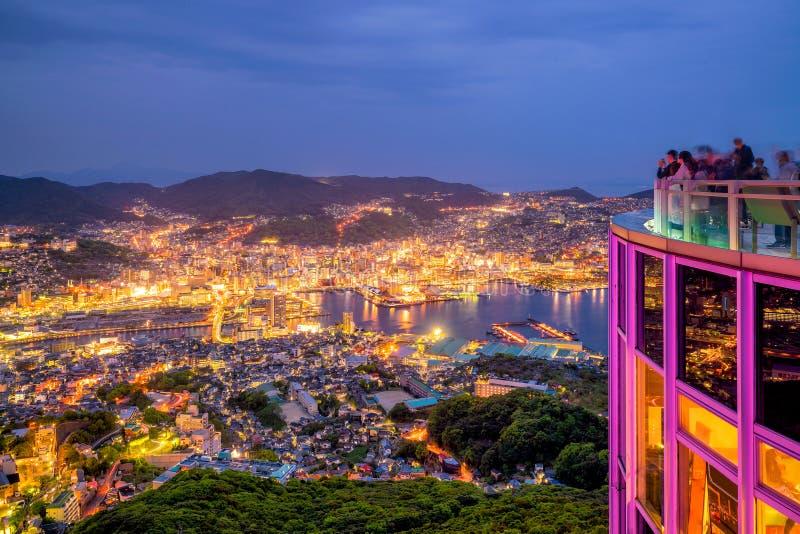 美好的长崎地平线全景鸟瞰图在晚上 图库摄影