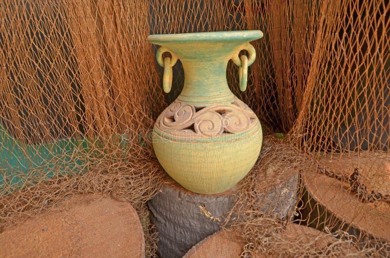 美好的陶器展示待售 库存照片