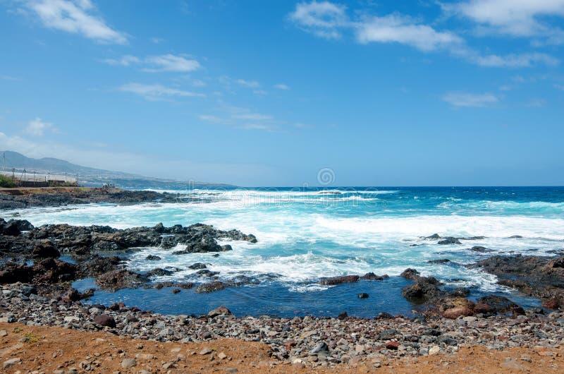 美好的风景有海景 蓬塔台尔Hidalgo,特内里费岛,加那利群岛,西班牙 库存照片
