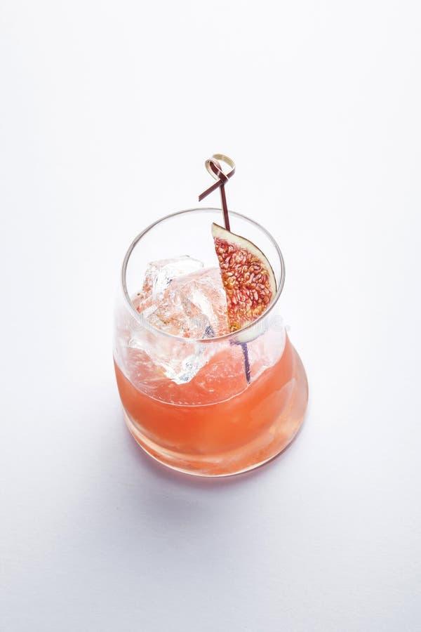美好的鸡尾酒- prossecoe用无花果-刷新 免版税库存图片