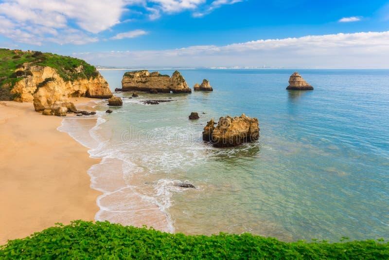 美妙的海滩葡萄牙 免版税库存图片