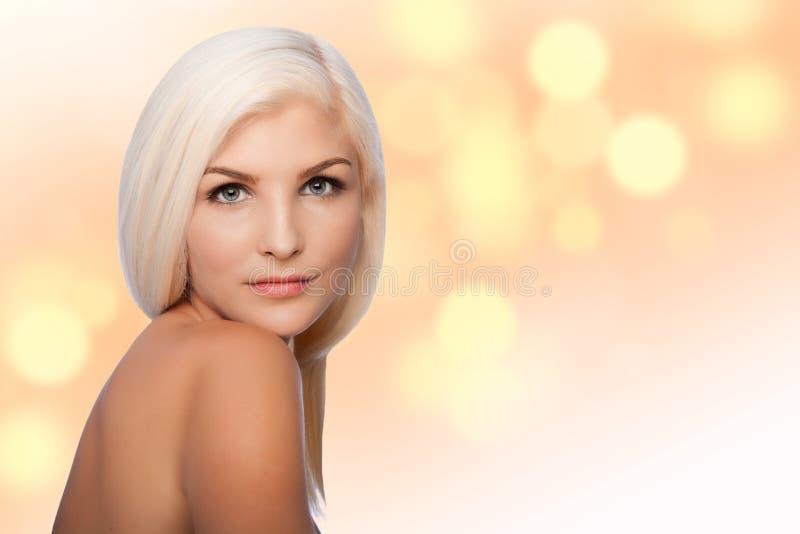 美学秀丽面部skincare概念妇女面孔 免版税库存图片