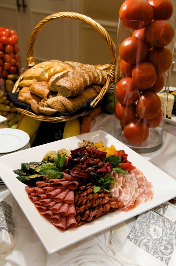 美食的肉橄榄牌照 库存照片
