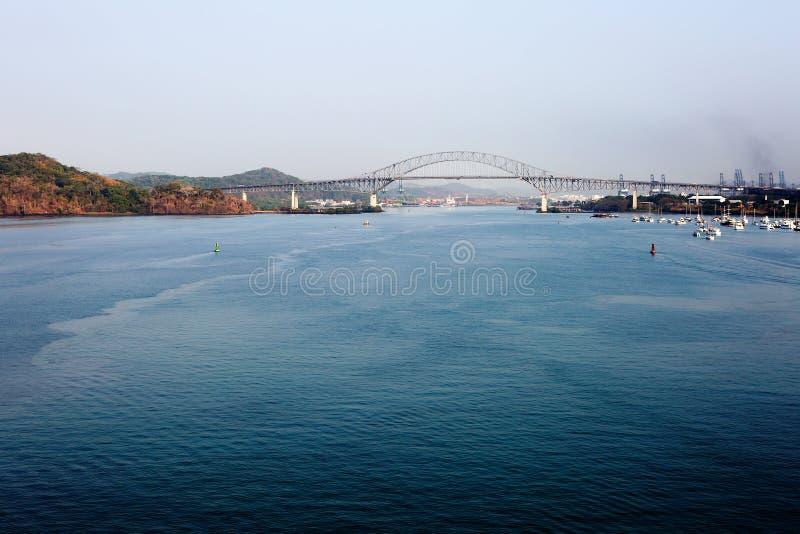美洲桥梁的桥梁在巴拿马运河的 库存照片