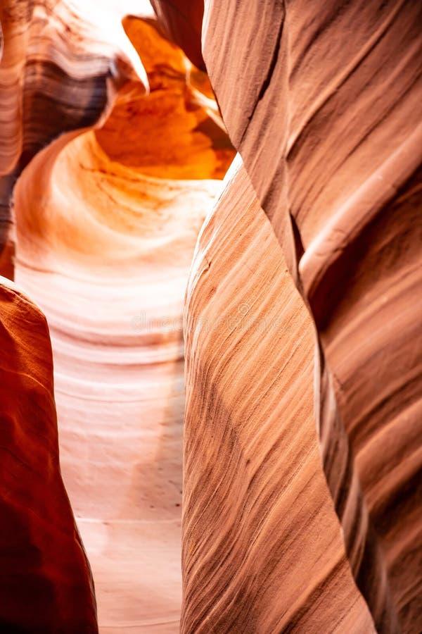 羚羊峡谷,在页附近,亚利桑那,美国 在那瓦伙族人国家的砂岩形成 图库摄影