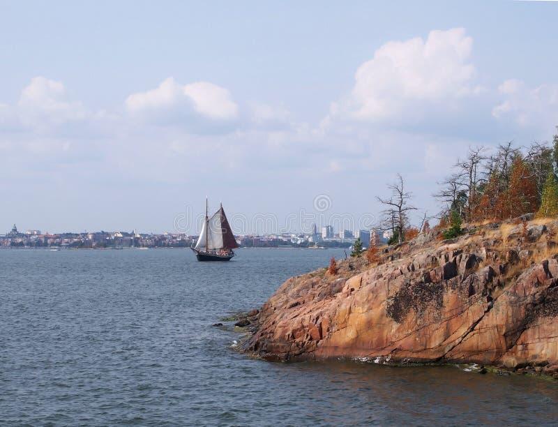 从群岛的看法往赫尔辛基地平线 库存图片