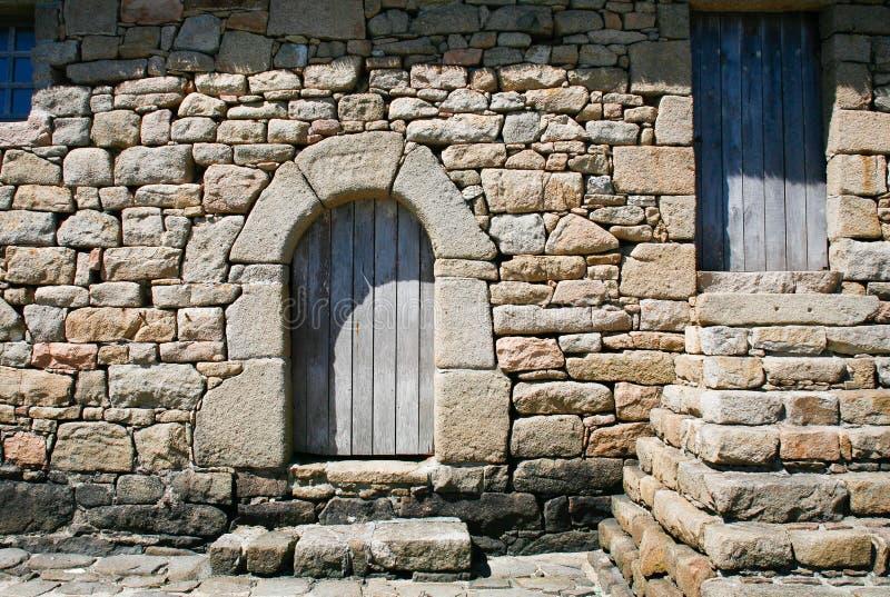 老不列塔尼的门房子 免版税库存图片