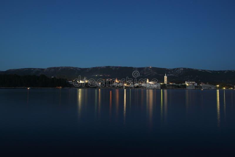 Download 老中世纪城镇在晚上 库存照片. 图片 包括有 海运, 风险, 旅行, 欧洲, 城镇, 峰顶, 的adolphe - 22357120