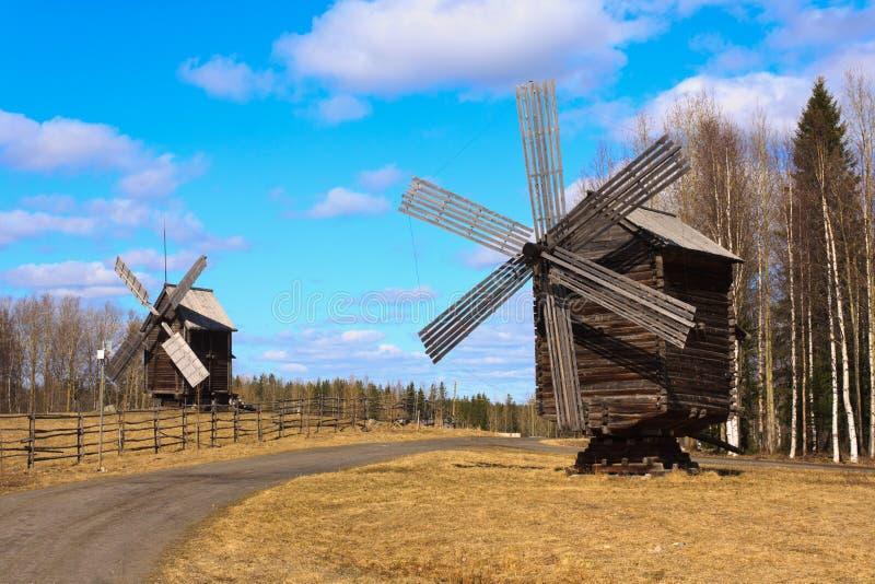 老俄语二风车 免版税库存图片