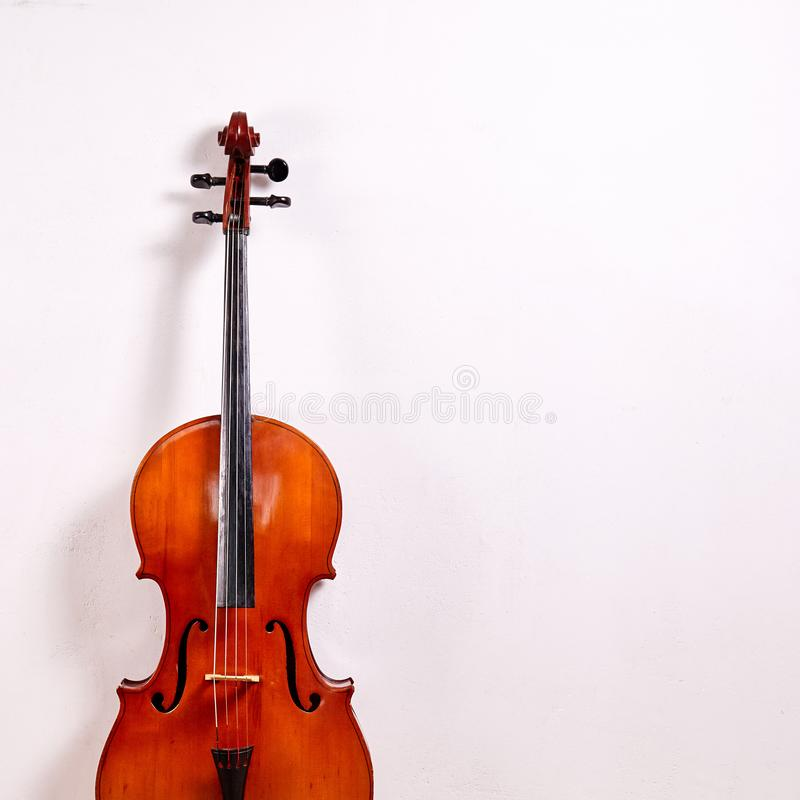 老减速火箭的大提琴 库存图片