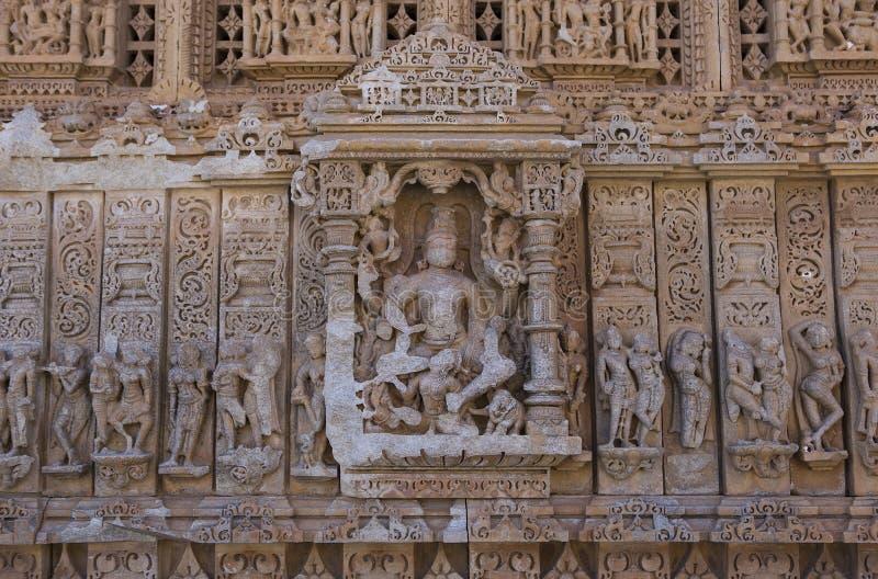 老印度SasBahu寺庙在拉贾斯坦,在乌代浦附近,印度 免版税库存图片
