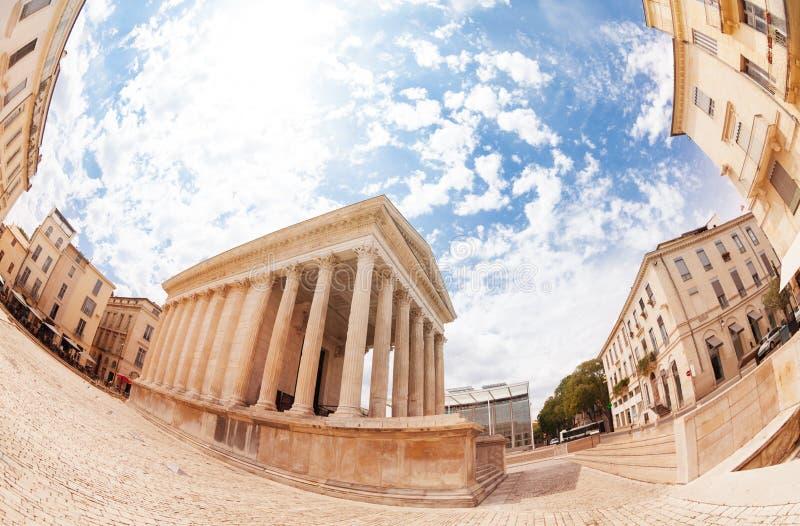 老古老罗马寺庙Maison Carree,尼姆 免版税库存图片
