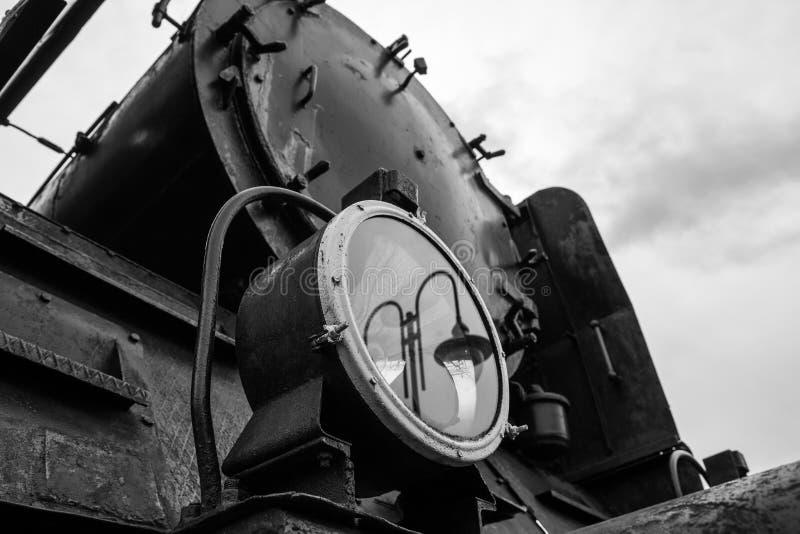 老和历史的机车灯 免版税图库摄影