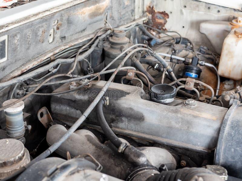 老和肮脏的柴油系统发动机 免版税库存图片