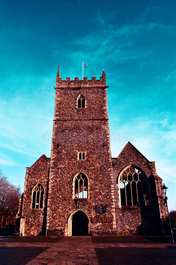 老圣皮特圣徒・彼得的教会废墟在城堡公园,布里斯托尔,英国 库存图片