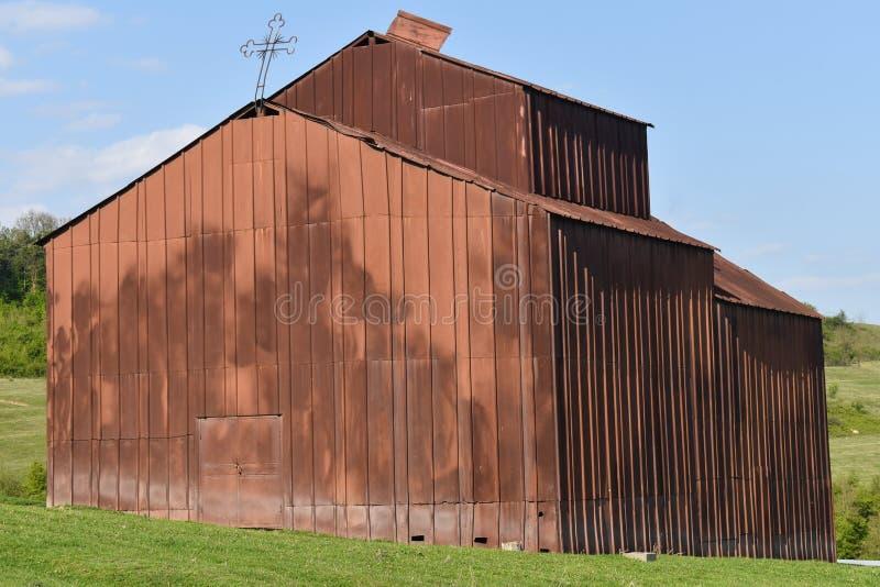 老在保护的教会历史monumment保护与铁粪 库存照片