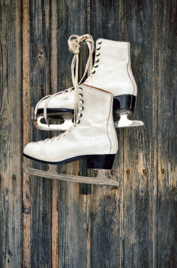 老在墙壁上滑冰 免版税库存图片