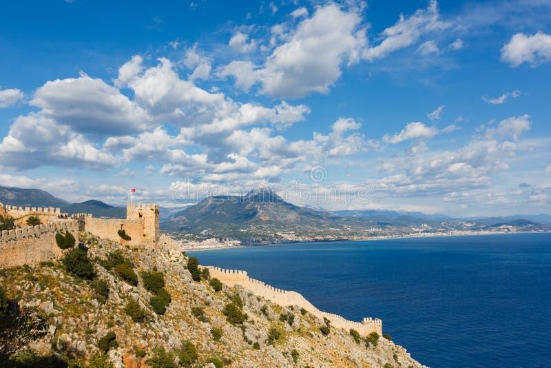 老城堡看法在阿拉尼亚,土耳其 免版税库存照片