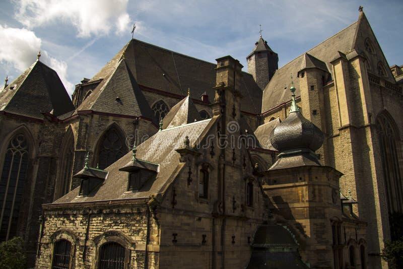 老城堡跟特比利时 免版税图库摄影