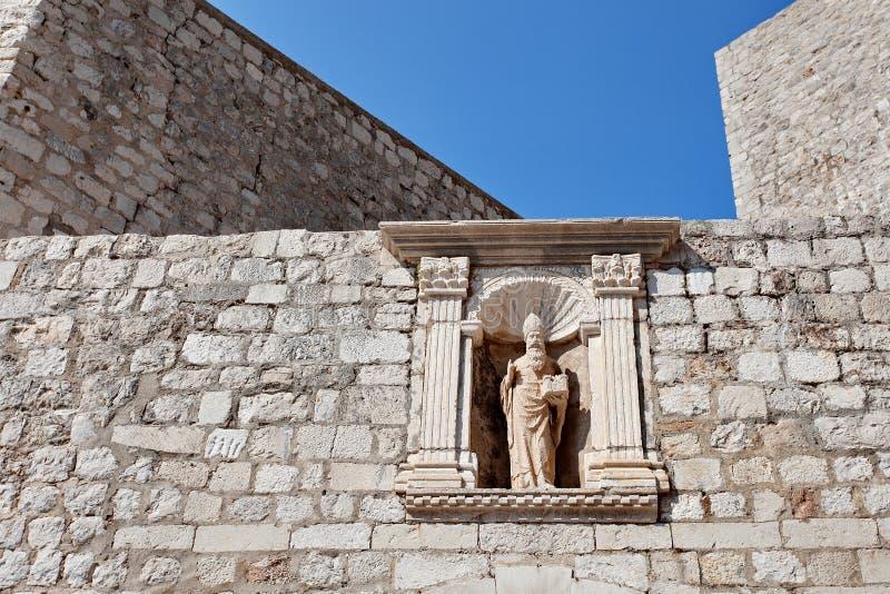老城市的被加强的墙壁的片段,杜布罗夫尼克,达尔马提亚,克罗地亚 免版税库存图片