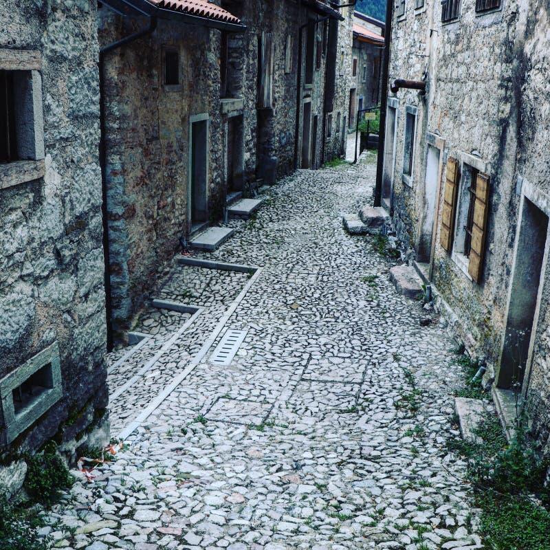 老城市街道在意大利 图库摄影