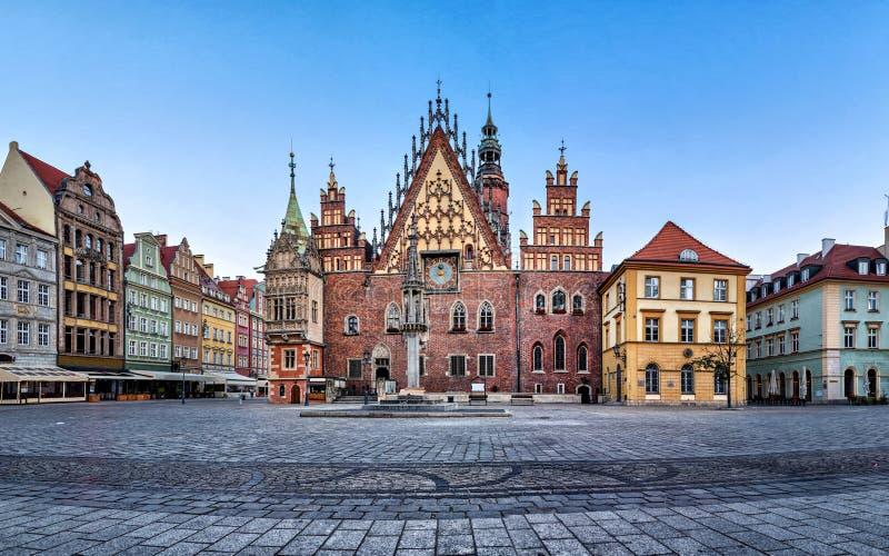 老城镇厅哥特式门面在弗罗茨瓦夫 免版税库存图片