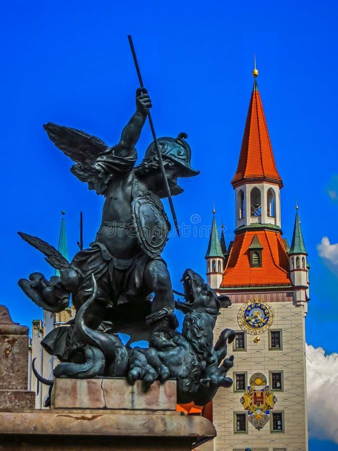 老城镇厅在Marienplatz -巴伐利亚-慕尼黑,德国 免版税库存图片