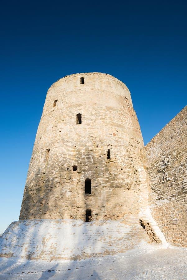 老堡垒在Izborsk 免版税图库摄影