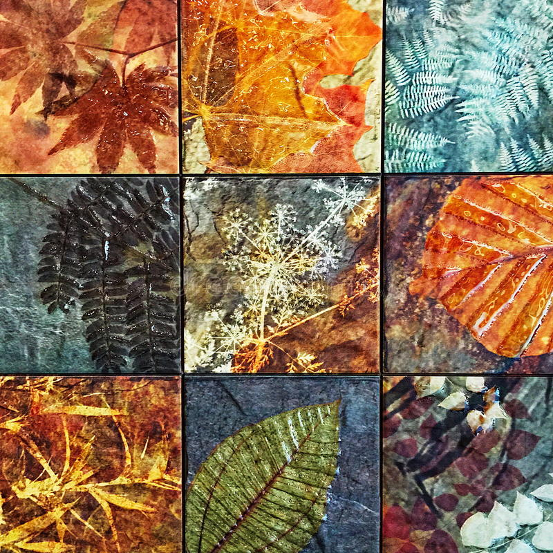 老墙壁陶瓷砖样式从公开泰国的公园手工造 库存照片