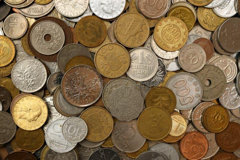 老外国硬币混合物  免版税图库摄影