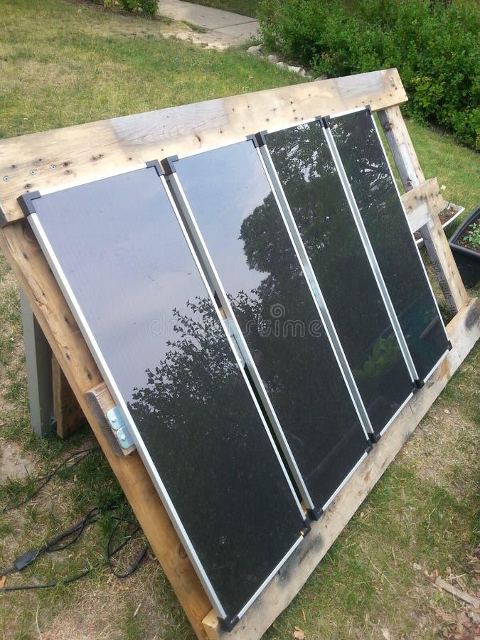 老太阳电池板框架 库存图片