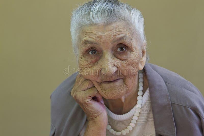 老妇人的画象 图库摄影