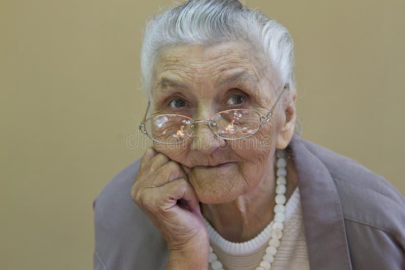 老妇人的画象 免版税库存照片