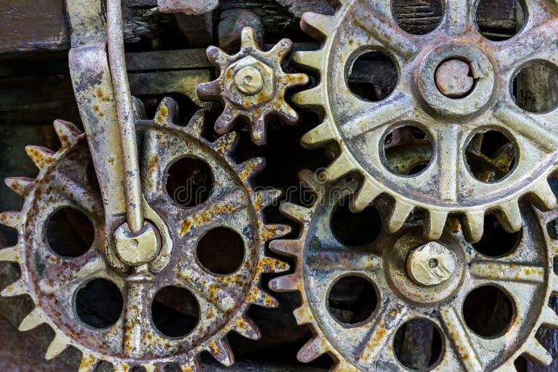 从老工业机制特写镜头的齿轮 免版税图库摄影