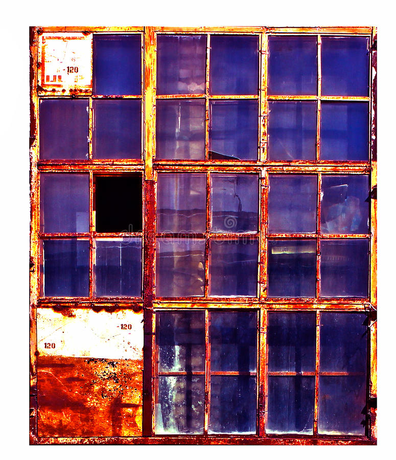 老工厂窗口,隔绝在白色背景, 库存照片