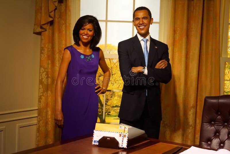 老巴拉克和米歇尔・奥巴马蜡象显示的在杜莎夫人蜡象馆蜡博物馆泰国发现的 免版税库存图片