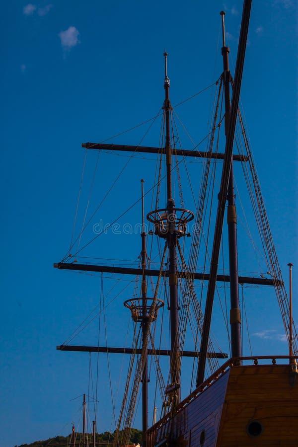 老帆船帆柱 库存图片
