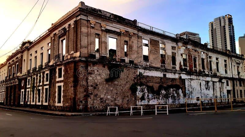 老建筑设施位于菲律宾马尼拉内穆罗斯的墙城 免版税库存照片