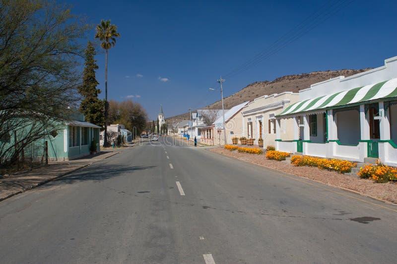 老式南部非洲的干旱台地高原连栋房屋 库存图片