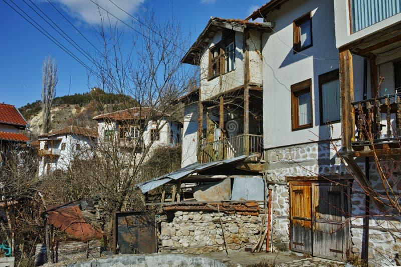 老房子在Rozhen,保加利亚村庄  免版税库存照片