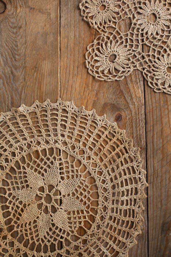 老手工制造钩针编织小垫布 图库摄影