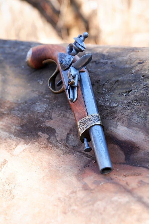 老手枪 免版税库存图片