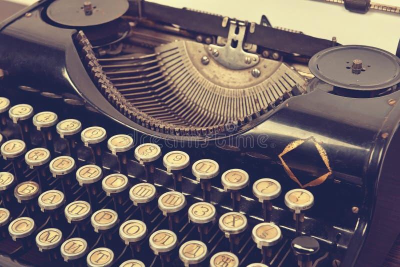 老打字机葡萄酒 库存图片