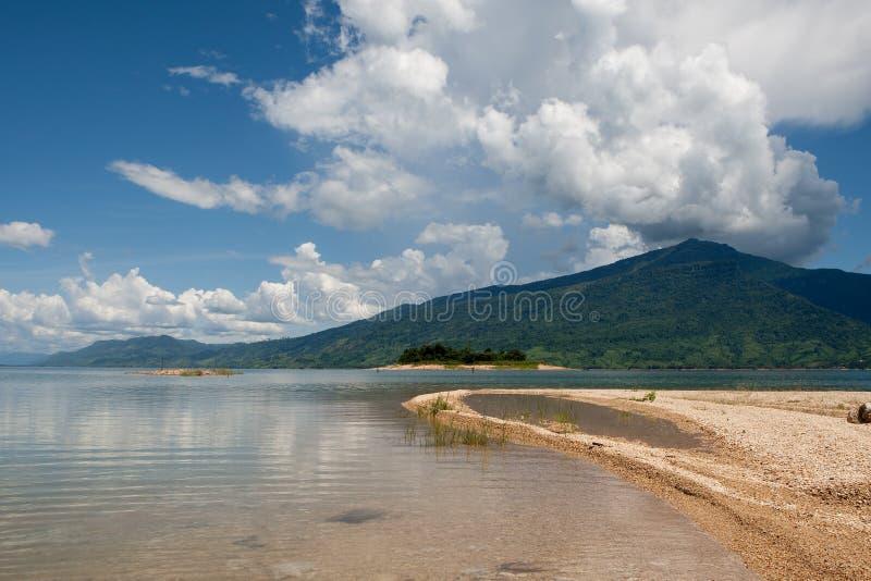 老挝nam ngum水库 免版税库存照片