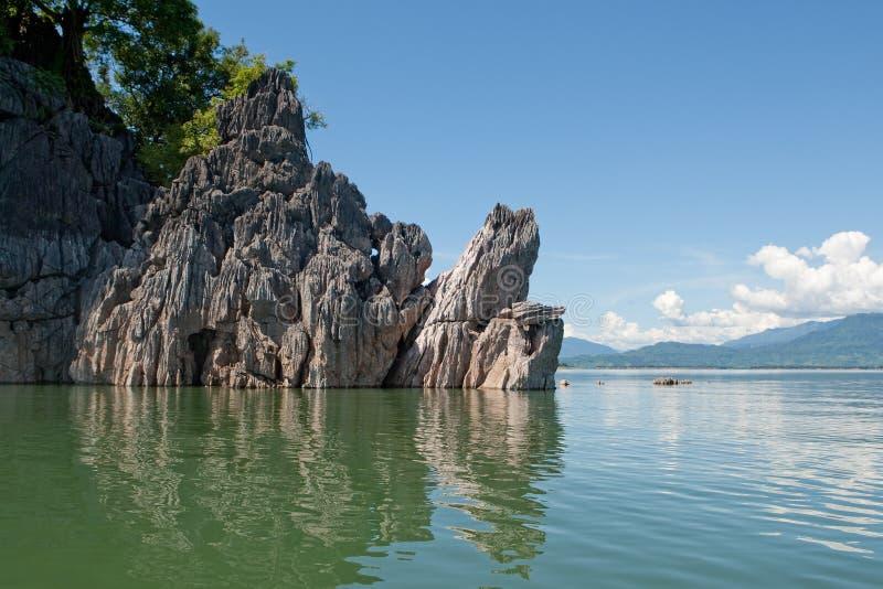 老挝nam ngum水库 免版税库存图片