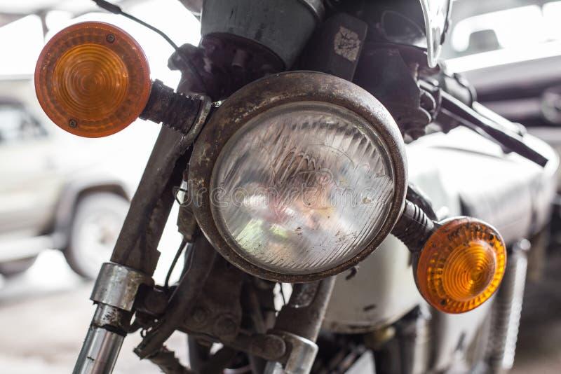 老摩托车车灯  免版税库存图片
