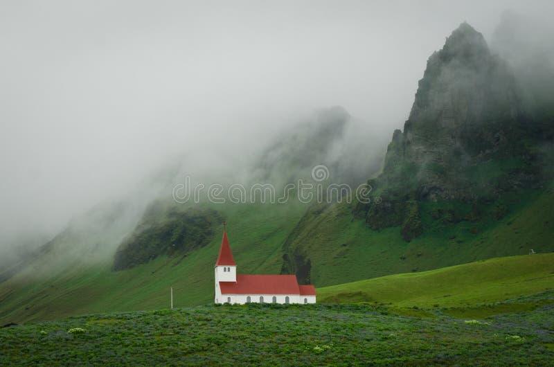 老教区教堂在冰岛 免版税库存图片