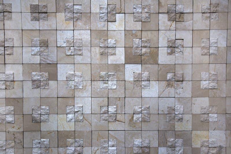老无缝的石头铺磁砖盖瓦墙壁 图库摄影